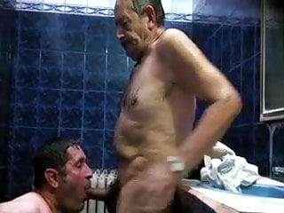 Spy video sauna...