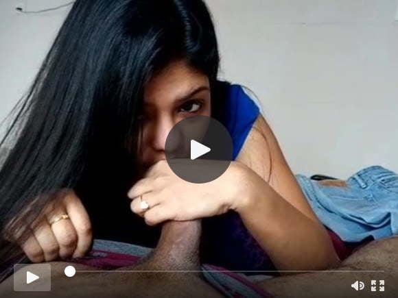 भारतीय मल्लू लड़की चाट मुर्गा