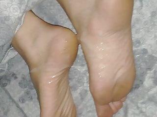 Huge Cum Over Wife Feet