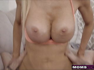 Moms Teach Sex- Cumming With My Step Mom S10:E2
