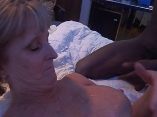 Swinger Mature  and Wife BBC