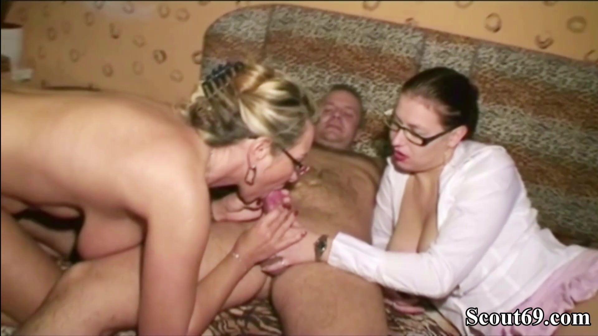 Fucking Big Tit Step Mom
