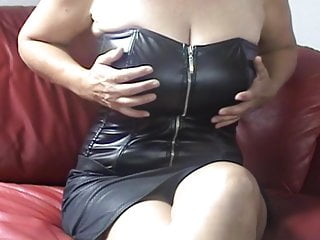 45 12 months german sexy milf performs the omegle recreation has a number of orgasm