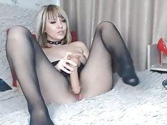 blond masturbate in seamless pantyhose