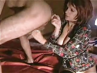 Amateur big tits gives finger...