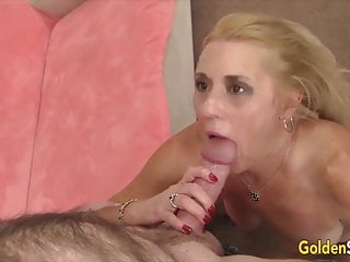 GoldenSlut – Granny Gives a Professional Blowjob Compilation