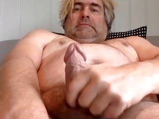 Daddy tugging his fat cock on cam and making it cum