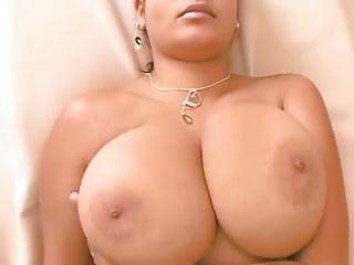 Chloe Veria Midget Cum