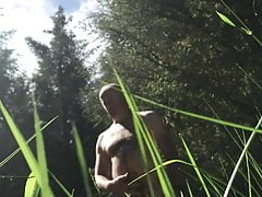outdoor naked blowjob for daddy bearPorn Videos