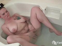 Yanks Kirsten Stevenson Masturbating