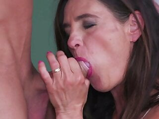pretty mom Emi gives a blowjob to her toyboy