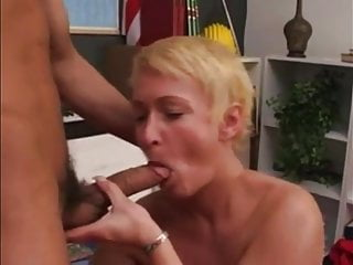 Italian mom with short blond hair
