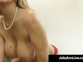 Cock Sucking Milf Julia Ann Milks A Hard Throbbing Dick!