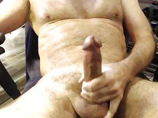 Older muscular bear shoots a big lod...