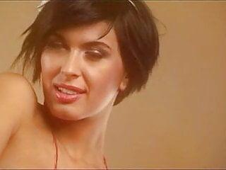 Free Romanian Porn Videos (6,285) - Tubesafari.com