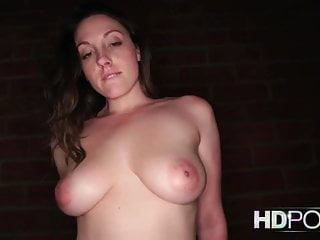 HDPOV Melanie Hicks una grande traditrice viene sborrata dentro