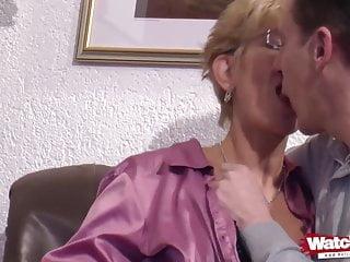 ersten Porno Ihrem alles Marion bei gibt
