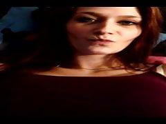 Junge Schwangere Frau Redet Ueber Sex