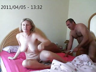 Big Natural Tits Squirting Russian video: consolador y squirt 3 final