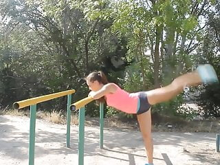 Babe street workout...