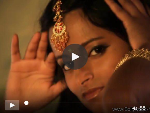 एशियाई श्यामला सुंदर भारत से
