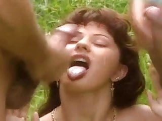 Ana Harnal. Classic DP outdoors