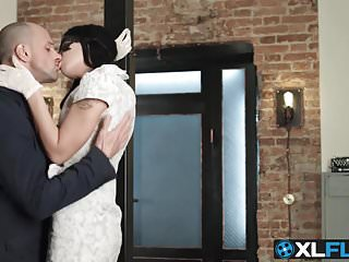 Amazing tattooed brunette slut receives anal slamming...