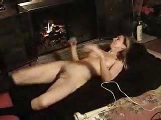 Kéjes barátnő. Nálunk ingyen nézhetsz akár magyar amatőr szexfilmeket is.