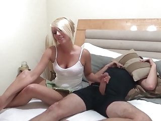 Hot fuck with naughty babe...