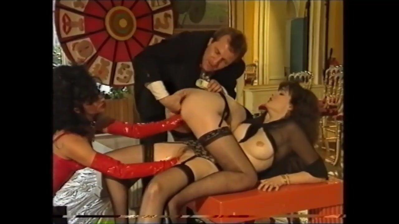 Lesbian Big Tits Tribbing
