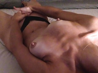 Extraordinary orgasm with 2 hands