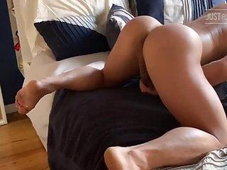 Bubble butt + Big black cock 2